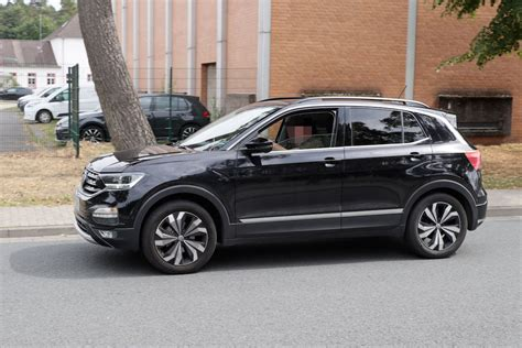 2019 Volkswagen Crossover by Volkswagen T Cross 2019 Il Crossover Entry Level Su Base