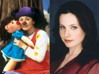 big comfy couch girls name pol has a clown gf