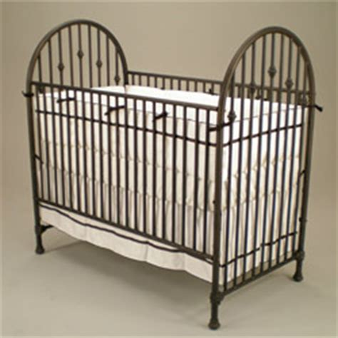 Retro Cribs by Vintage Iron Crib By Juvenile Heirlooms Iron Cribs