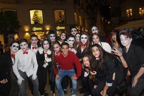 Imagenes De Halloween Para Amigos   grupos de amigos que dan miedo en halloween diariosur es