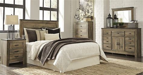 Rustic King Bedroom Sets by 6 Pc King Bedroom Set Rustic Plank Finish Sam Levitz