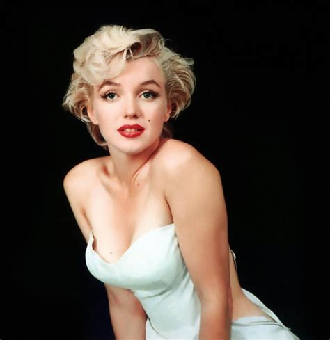 Page 4   Does anyone else think Marilyn Monroe was ugly?