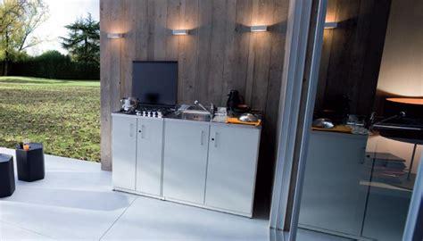 piano cottura da esterno piccola pratica e funzionale cucina da esterno o per