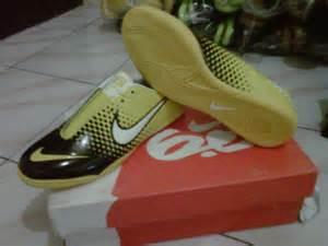 Sarung Tangan Futsal Murah grosir sarung tangan kiper grosir sepatu futsal murah