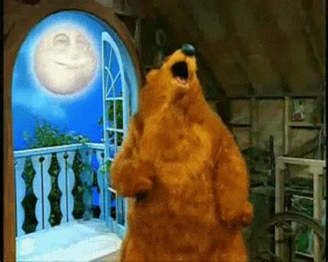 dancing bear gifs find amp share on giphy