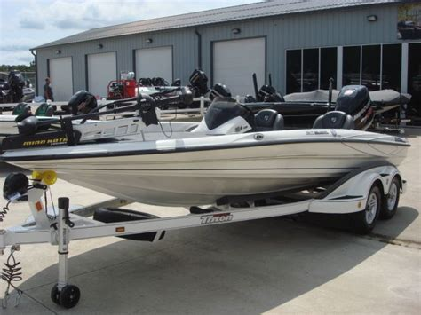 bass boats for sale in missouri bass boat new and used boats for sale in missouri