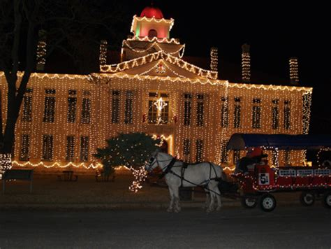 day trips the hill country regional christmas lighting
