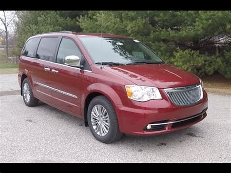 2016 chrysler town & country touring l anniversary edition