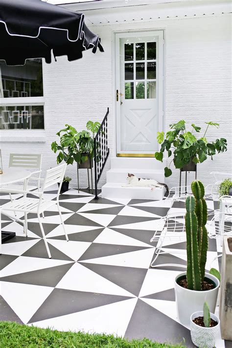 un patio renovar los pisos de un patio con pintura estilos deco