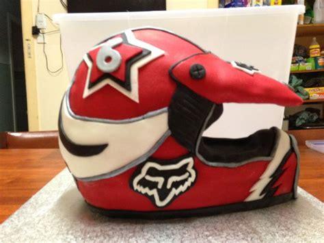 motocross helmet cake motorbike helmet cake motocross birthday pinterest