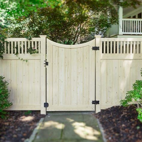 backyard vinyl fence illusions pvc vinyl fence photo gallery vinyl gates