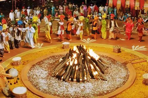 Essay On Makar Sankranti Festival In by Lohri Festival What Is Lohri Festival Celebrated For How To Celebrate Essay