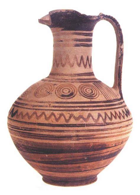 vasi minoici ceramica greca stile geometrico