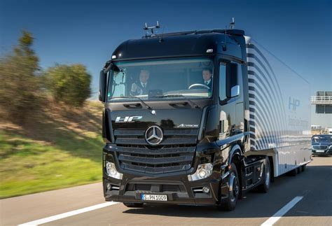 mercedes truck 2016 image gallery mercedes truck 2016