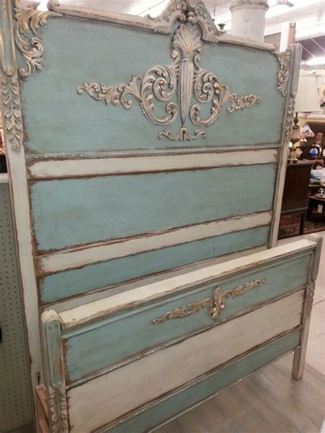 17 best ideas about vintage 17 best ideas about antique painted furniture on