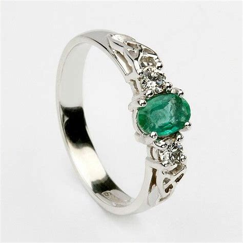 beautiful emerald ring hair and fashion