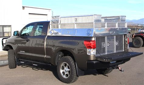 dog hunting truck hound dog boxes by highway products inc on a heavy duty