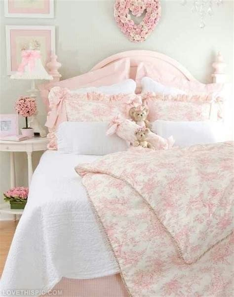 girly bed spread love love love the blue and floral elegant girly bedroom pictures photos and images for