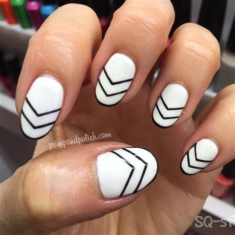 geometric pattern nails 1000 ideas about geometric nail art on pinterest nails