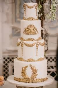 barroca de la boda blanco y oro barroco del pastel de bodas 2081498 weddbook