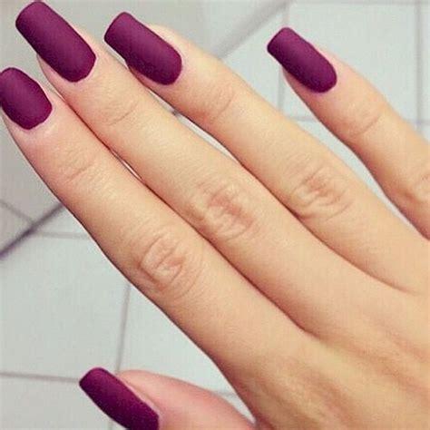 imagenes de uñas decoradas solo con esmalte m 225 s de 25 ideas incre 237 bles sobre u 241 as color morado en