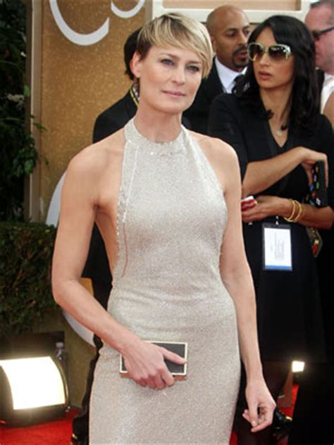 robin wright biggest wardrobe malfunctions of 2014 so far sean penn the latest updates and pictures from ok co uk