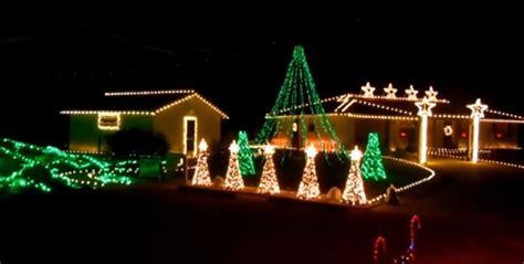 darude sandstorm christmas lights show christmas light show