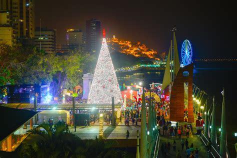 porque se pone el arbol de navidad malec 243 n de guayaquil se iluminar 225 con su gigante 225 rbol de navidad este jueves 23 comunidad