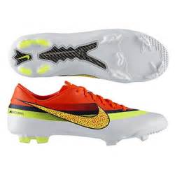 sale 77 95 nike soccer cleats 580488 174 cr youth