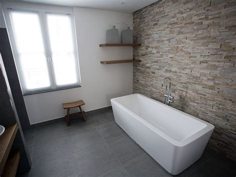 badezimmer lüftung die besten 25 naturstein waschbecken ideen auf