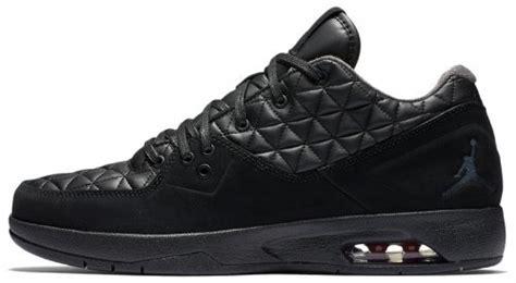 Original Nike Clutch Black Sepatu Basket 845043 002 clutch black 845043 002 for sale at