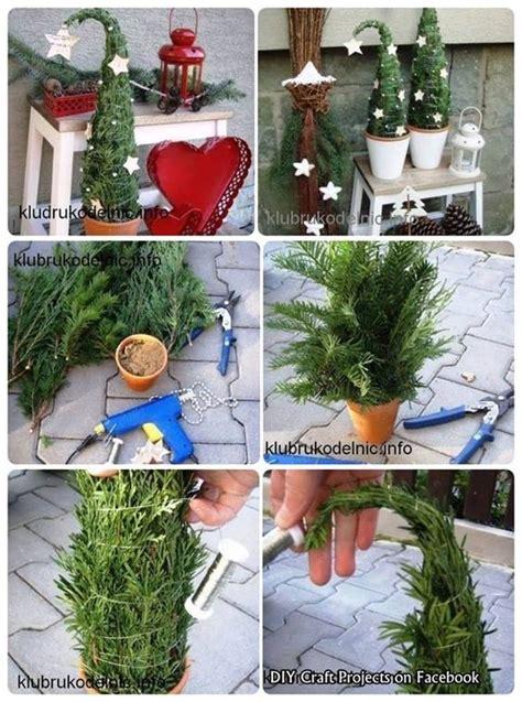 weohmschtsbaum dekoration selsbt mschen b 228 umchen vor der t 252 r weihnachten weihnachtsdekoration selber machen und b 228 ume