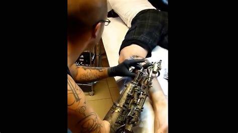 tattoo gun youtube worlds first prosthetic arm tattoo gun youtube