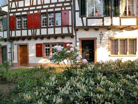 Garten Mieten Basel by Miete Reisebus Und Minibus In Basel Schweiz