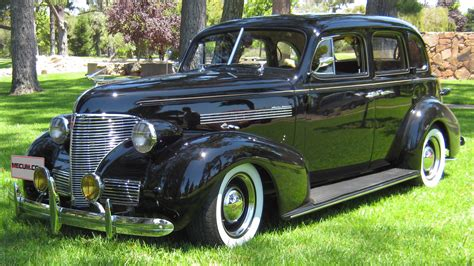 1939 chevrolet sedan 1939 chevrolet master deluxe sedan 383 ci automatic lot