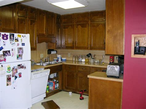 recycled kitchen cabinets recycled kitchen cabinets pictures options tips ideas