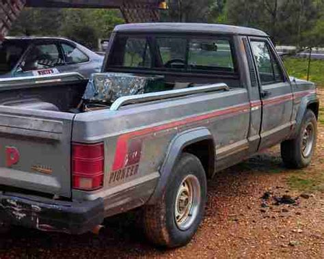 comanche jeep 4 door purchase used 1988 jeep comanche pioneer standard cab