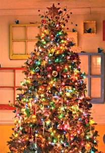 decorated tree 17 best ideas about colorful christmas tree on pinterest