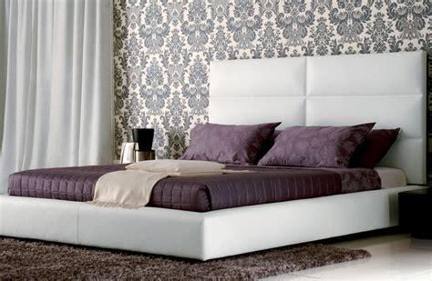 modele de chambre a coucher simple salon bleu marron