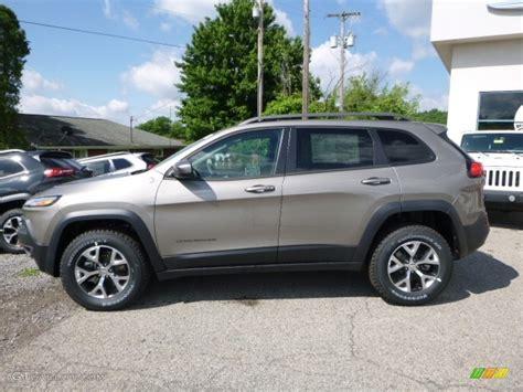 2016 jeep lights 2016 light brownstone pearl jeep trailhawk 4x4