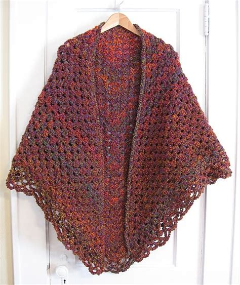 pattern for triangle shawl ravelry crochet triangular shawl pattern by jan corbally