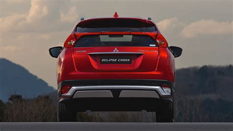 Mitsubishi Eclipse Lights by Experience The 2018 Mitsubishi Eclipse Cross Mitsubishi