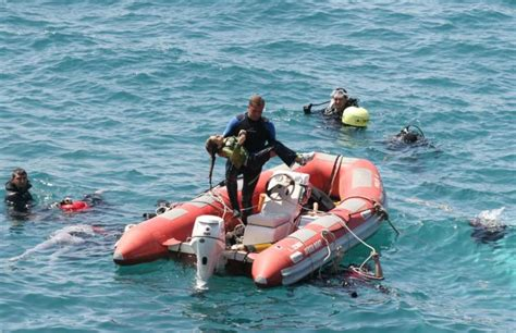 refugee boat dead 39 dead in refugee boat sinking off the coast of turkey