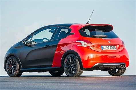 peugeot 208 gti 30th anniversary 2019 peugeot 208 gti 30th anniversary edition car photos