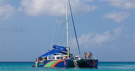 catamaran tours negril jamaica montego bay to negril catamaran cruise rum punch party