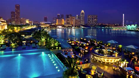 Small Dining Tables For Apartments by Where To Stay In Singapore S Marina The Fullerton Bay Hotel