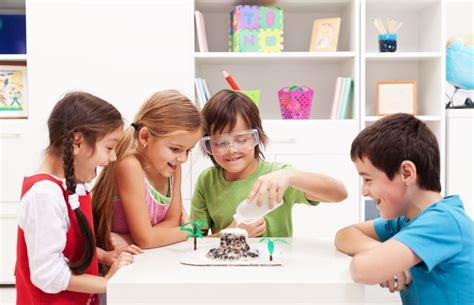 esperimenti da fare a casa per bambini quattro esperimenti per bambini da fare in casa diredonna