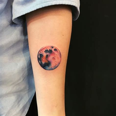 Moon Tattoos With Meaning Crescent Moon Tattoo Tattoos Of The Moon And
