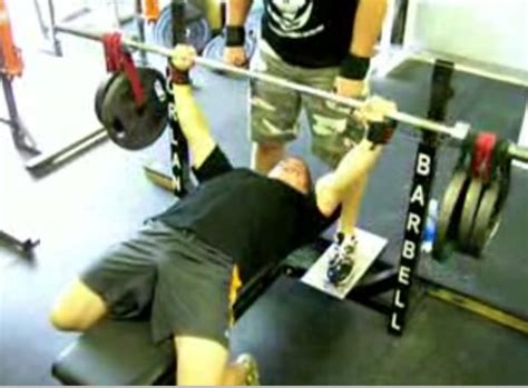crazy bench press crazy plates bench press chest exercise video exle