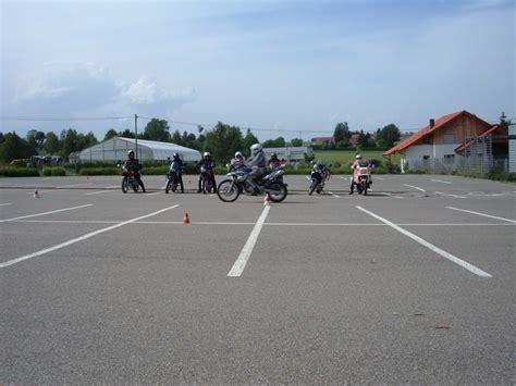 Motorrad Sicherheitstraining Freiburg by Quelle Www Nq 0nline De